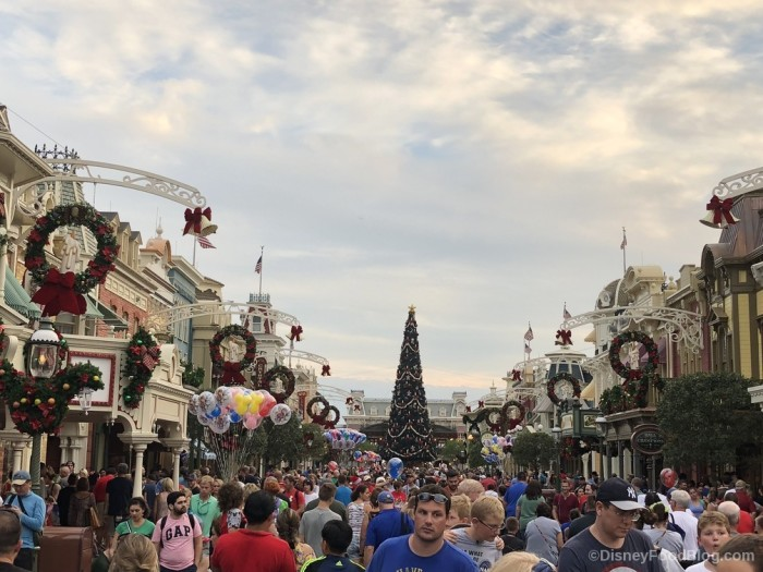Mickey's Very Merry Christmas Party!