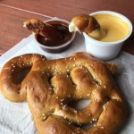 Disney Food Hacks: Mickey Pretzel and Chocolate!