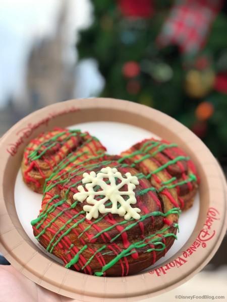 Mickey Cinnamon Bun with Christmas Icing