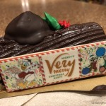 REVIEW: All the Treats at Mickey's Very Merry Christmas Party! (Plus Exclusive Merchandise!)