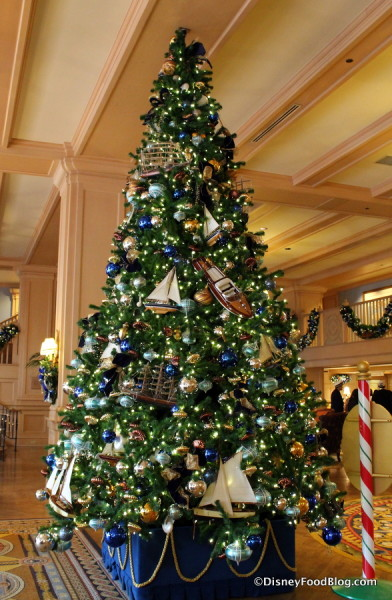 Yacht Club Christmas Tree