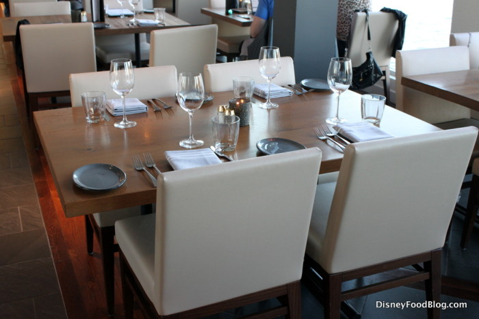 Paddlefish Table Setting