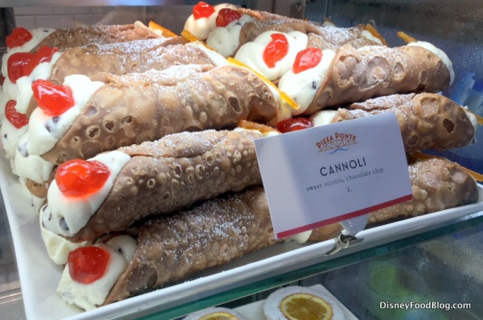 cannoli at Pizza Ponte!