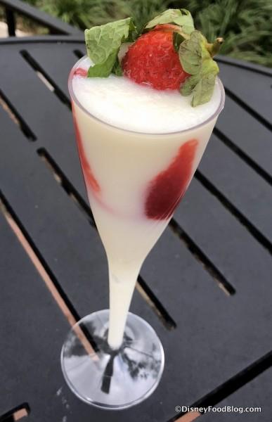 Calpico Yogurt Strawberry Swirl Sake