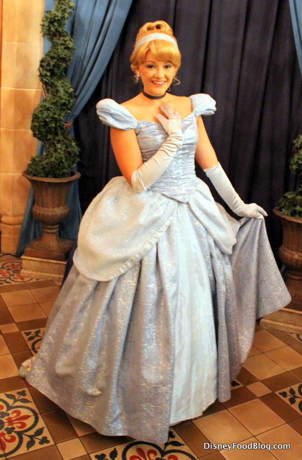 Review And Tips Breakfast At Cinderella S Royal Table In