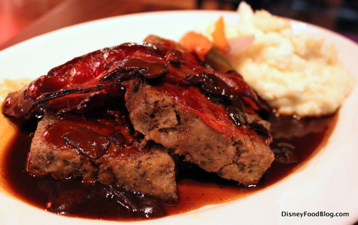 Old Fashioned Meatloaf and Gravy