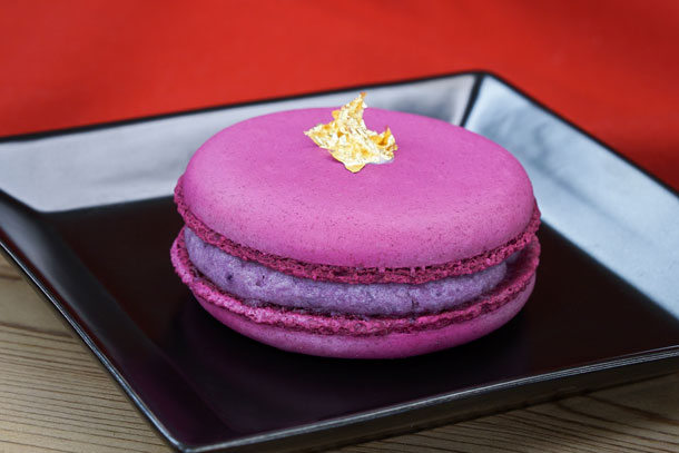 Purple Sweet Potato Macaron ©Disney