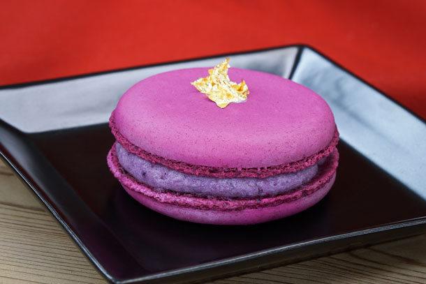 Purple Sweet Potato Macaron ©Disney