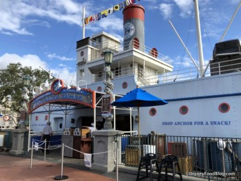 dockside diner 1
