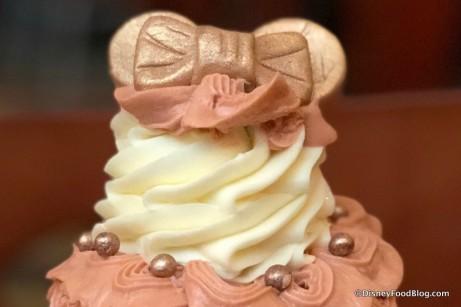 sunshine-seasons-rose-gold-minnie-ears-cupcake