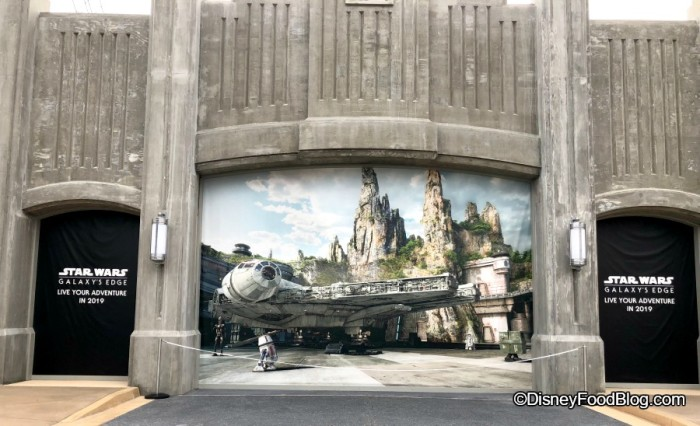 Star Wars Galaxy Edge Entrance in Hollywood Studios