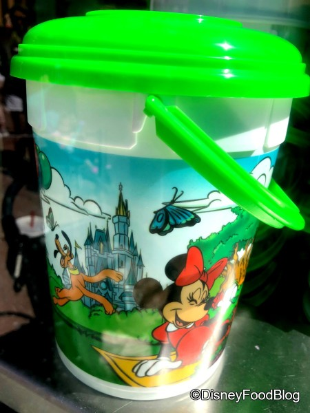 Refillable Popcorn Bucket at Hollywood Boulevard Popcorn Cart (among others)