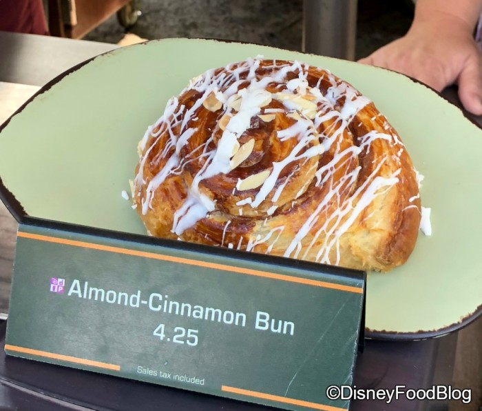 Almond Cinnamon Bun at Pongu Pongu and Pandora Ice Cream Cart