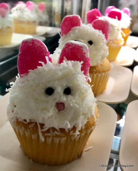 Easter Bunny Cupcake at The Artist's Palette