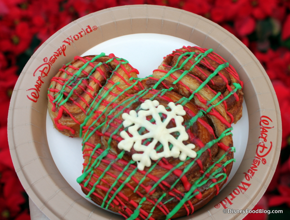 cinnamon roll from main street bakery - Mickeys Christmas Party Tickets