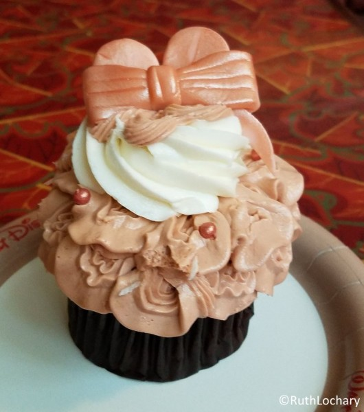 We can't get enough of this cupcake!