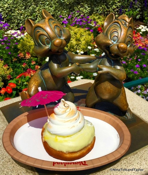 It's HERE! The Dole Whip Donut Debuts in Disneyland! | the ...