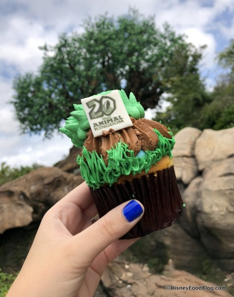 20th Anniversary Tree of Life Cupcake