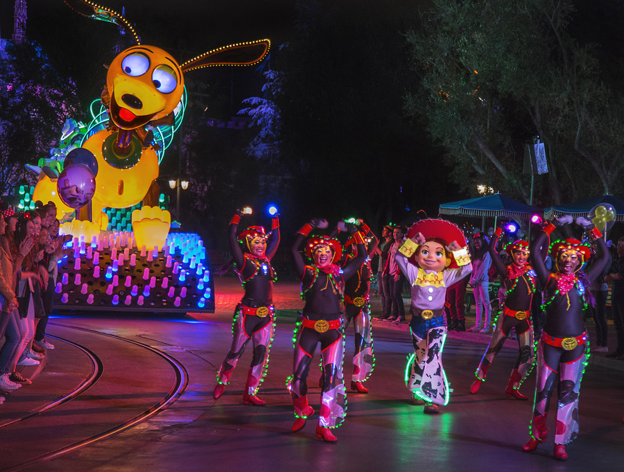 Everything You Need To Know About Disneyland S Pixar Fest