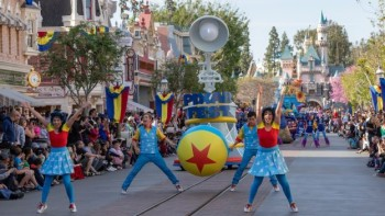 Pixar Play Parade ©Disney