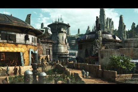 Disneyland Hotels Are Completely SOLD OUT The Night Before Star Wars: Galaxy's Edge Opens