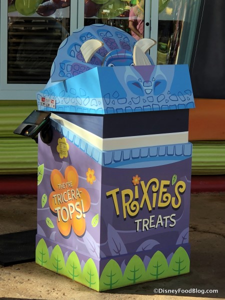 Trixie's Treats Order Station