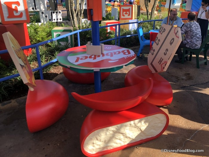 Woody's Lunch Box seating