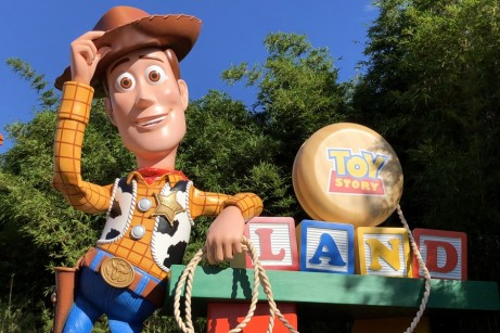 """Woody says, """"Howdy!"""" at Toy Story Land!"""