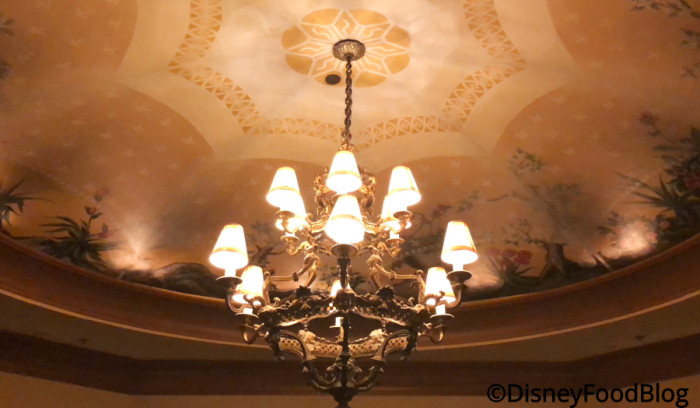 Opulent chandelier in Victoria Room