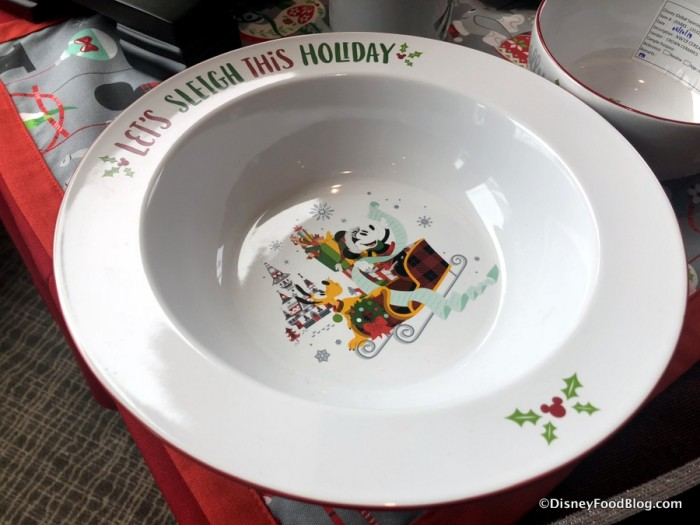 2018 Holiday Dinnerware