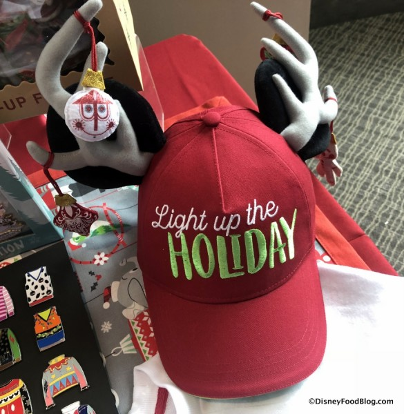 Light Up the Holiday Light-Up Hat