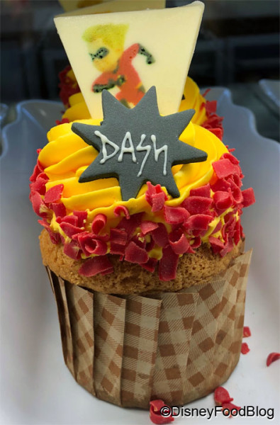 Dash in to Gasparilla Island Grill for this cupcake