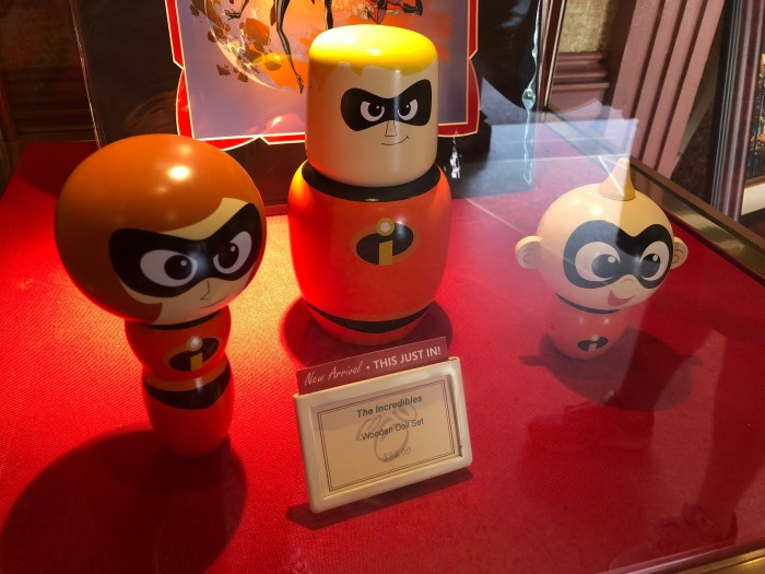 Incredibles Wooden Doll Set