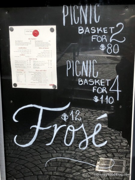 Picnic Baskets sign