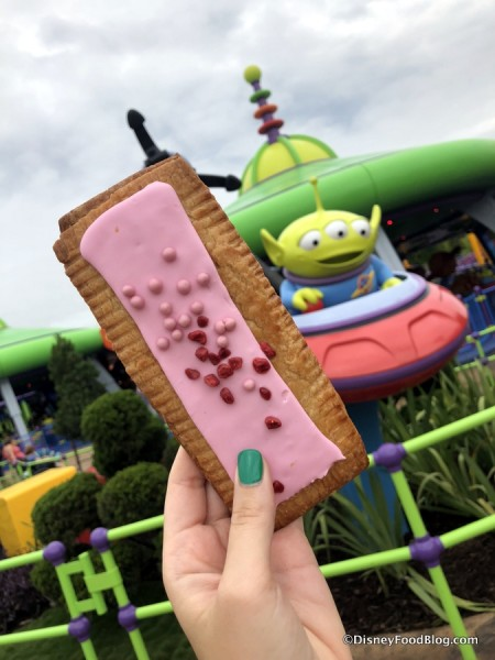 Raspberry Lunch Box Tart and Alien Swirling Saucers
