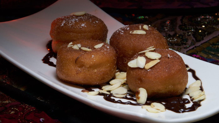 Restaurant Marrakesh's New Warm Beignets & Sweet Cream ©Disney