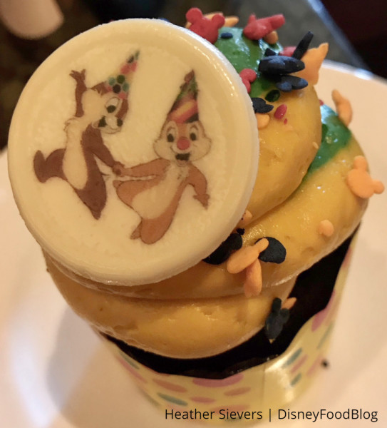 Chip and Dale Cupcake