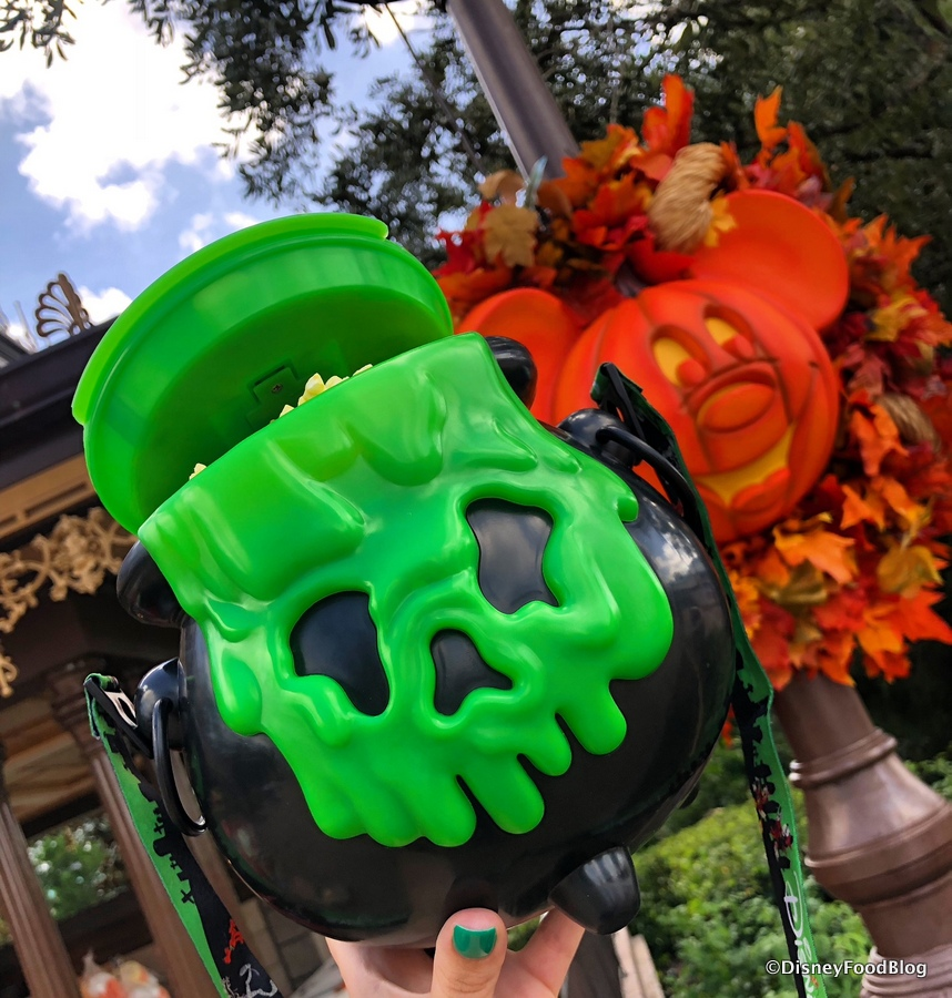 Disneyland Popcorn Buckets Halloween 2020 Check Out These Light Up Halloween Cauldron Popcorn Buckets Now