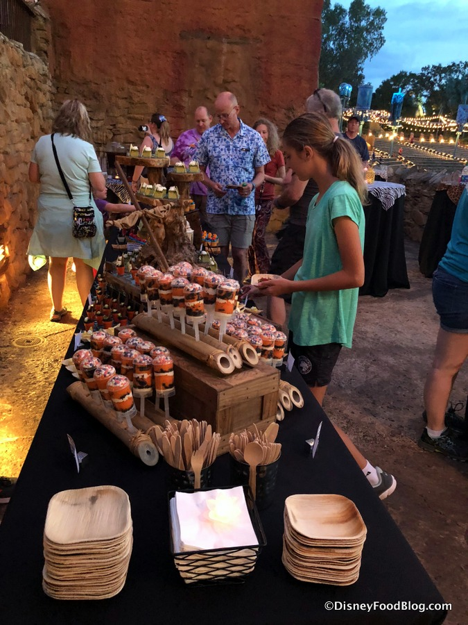 Review New Rivers Of Light Dessert Party In Disney World