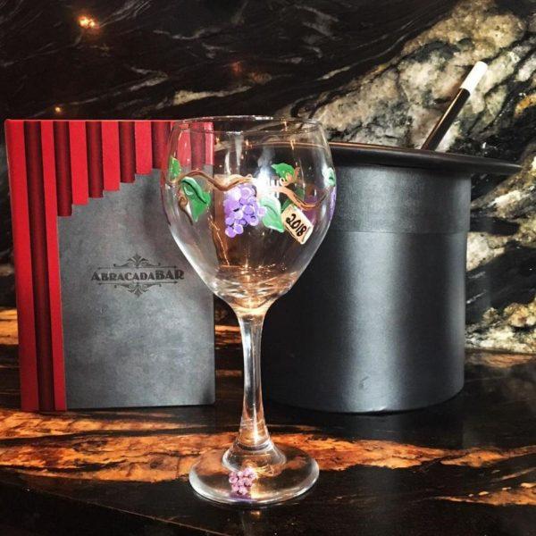 abracadabar-wine-glass-paint-600x600.jpg