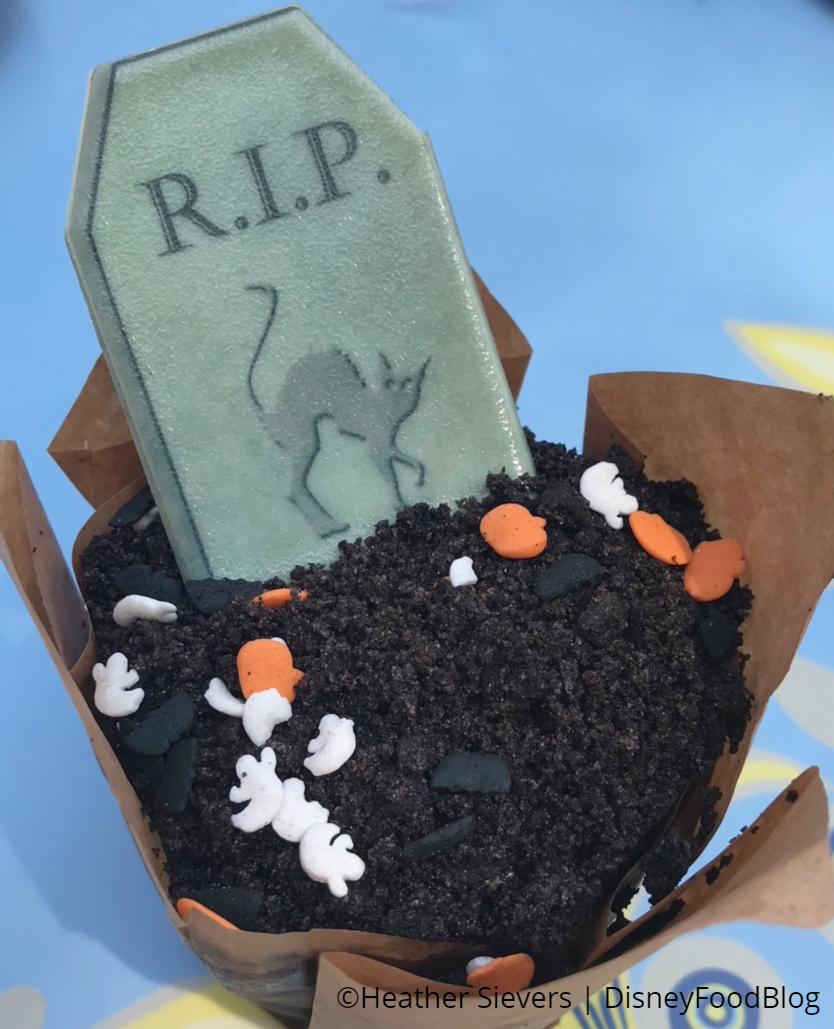 Cake Jolly Holiday Disneyland