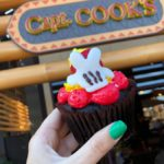 Review! Mickey's Birthday Cupcake Arrives Early at Polynesian Village Resort's Capt. Cook's!