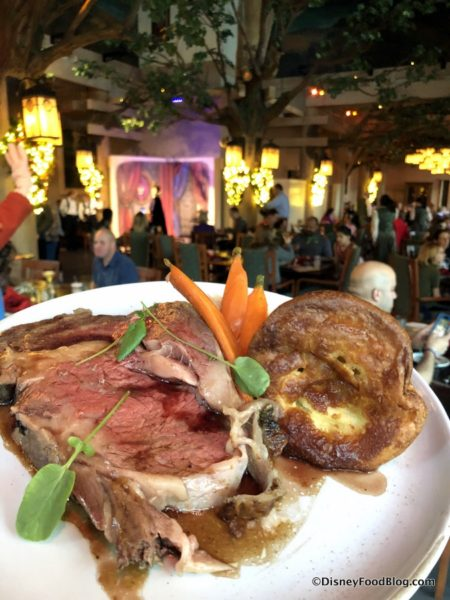 Review New Storybook Dining At Artist Point With Snow White In Disney World S Wilderness Lodge The Disney Food Blog