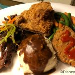 Review: Lunch at 50s Prime Time Cafe in Disney World's Hollywood Studios!