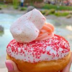 Review and Food Photos: Valentine's Day Donuts at Disneyland!