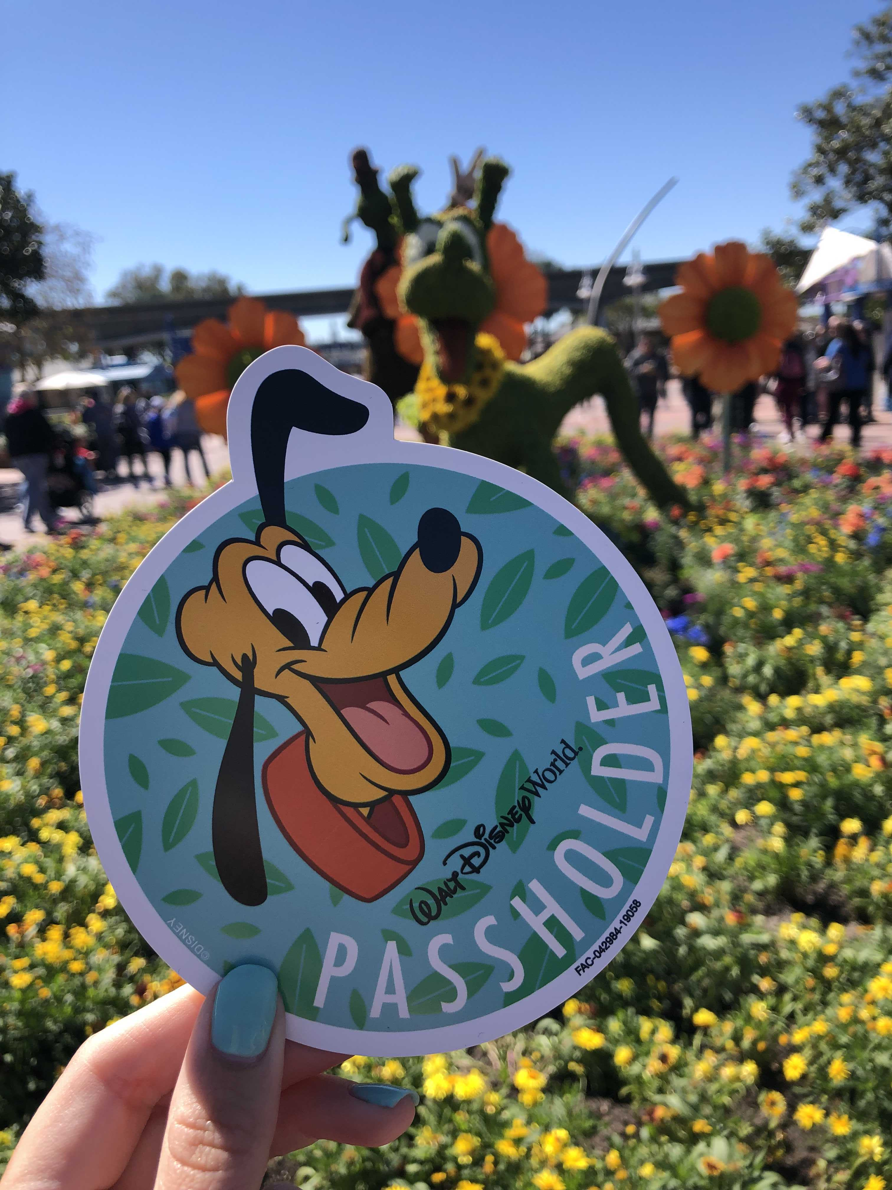 """select walt disney world annual passholders can """"bring-a-friend"""