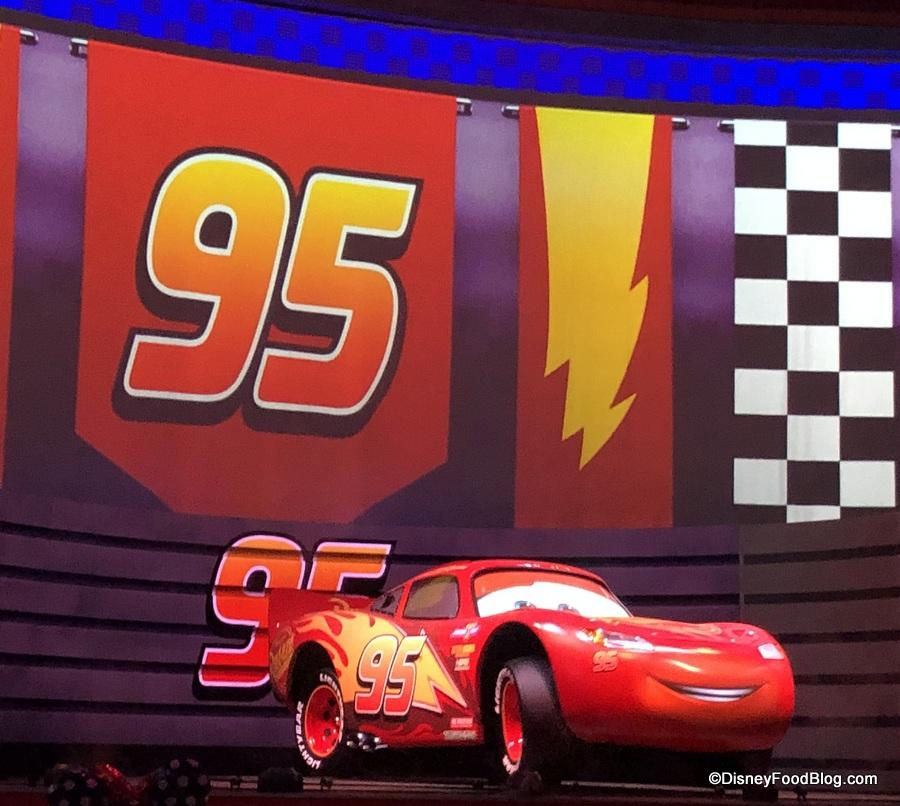 Disney store Pixar Fest Voitures Lightning McQueen Baby Body Costume 3 6 9 12 18