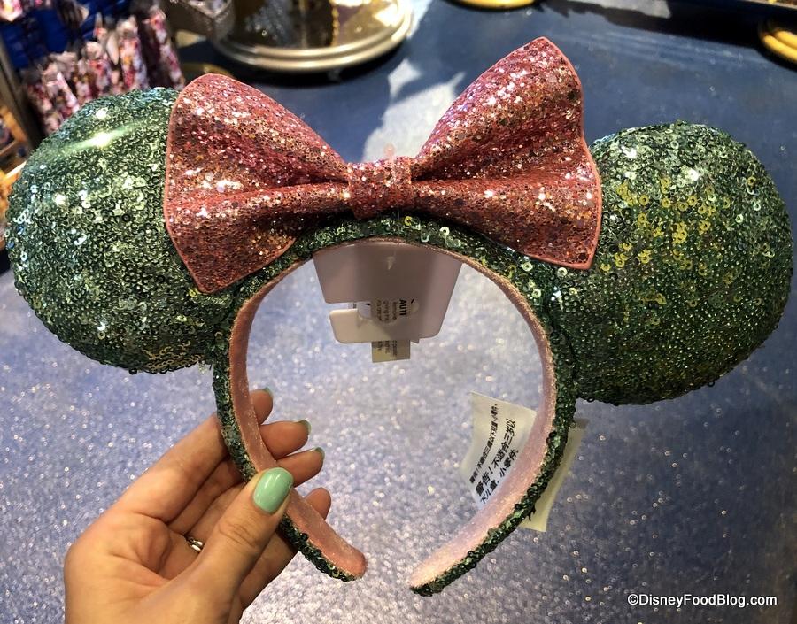Cinderella Castle Minnie Ears And More Make Their Walt Disney World Debut