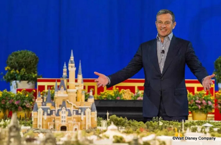 News Disney Ceo And Chairman Bob Iger To Step Down In 2021 The Disney Food Blog