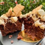 We Tried Jolly Holiday Bakery Cafe's New Over-the-Top S'MORES Brownie